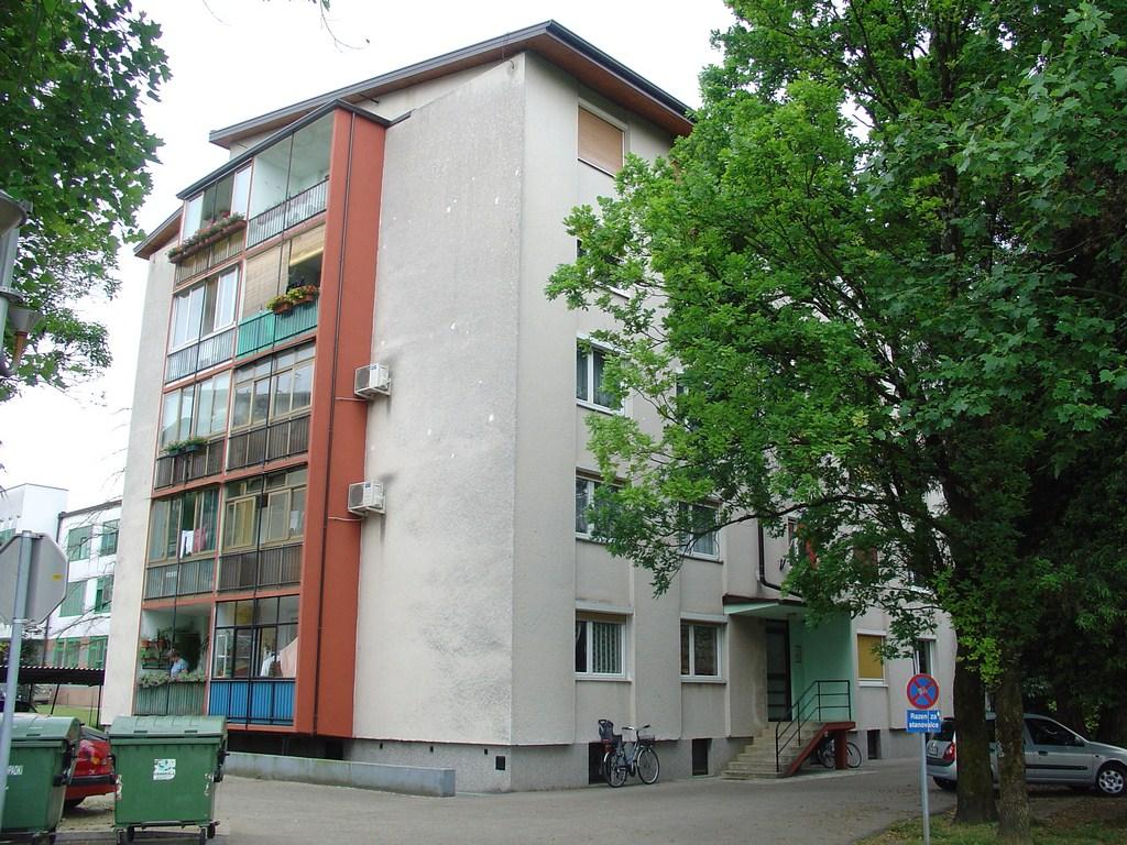 Cankarjeva ulica 4