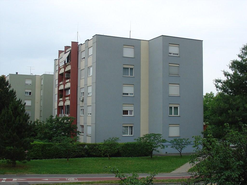 Cankarjeva ulica 76